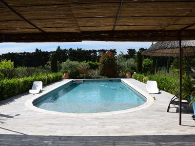 Photo for GREAT VILLA CLIMATISEE, BEAUTIFUL VERANDA, SWIMMING POOL AND GARDEN CLOSURES IN THE COUNTRYSIDE
