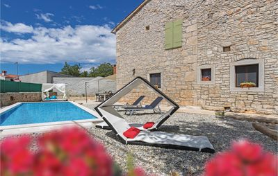 Photo for 2 bedroom accommodation in Svetvincenat
