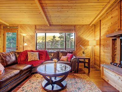 Photo for Classic Colorado Mountain Cabin, Private Hot Tub, Wooded Setting