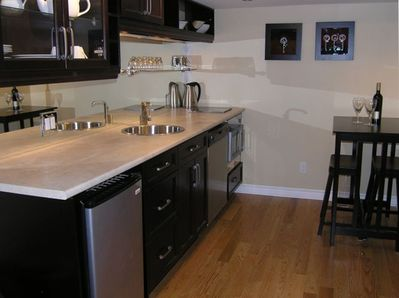 Custom Designed and Well Appointed Kitchen for Snacks, Drinks or Full Meals
