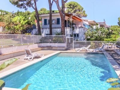 Photo for Big house with private pool for 11 people in Costa Brava