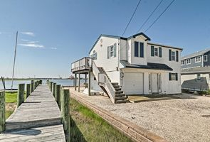 Photo for 2BR House Vacation Rental in Manahawkin, New Jersey