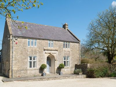 Photo for Manor Court -  a cottage that sleeps 8 guests  in 4 bedrooms