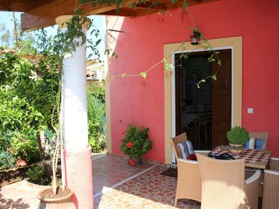 Photo for Idyllic located in the country and close to the sea - Holiday home Paramonas, Co
