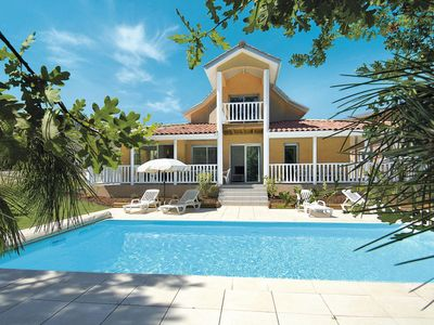 Photo for 3 bedroom Villa, sleeps 6 with Pool and WiFi