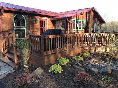 5 STAR-SUPER CLEAN**Southern Grace Cabin** NEW HOT TUB**December availability!!