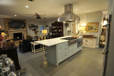 Kitchen Island to Family Room