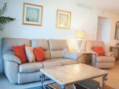 Photo for Beautifully Furnished 1 BR/1 BA Condo in Hollywood FL