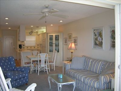 Living/Dining/Kitchen - Opens to lanai