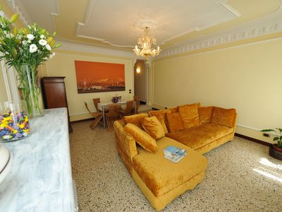 Photo for The luxury of an elegant apartment at the foot of the Rialto Bridge and Grand Canal