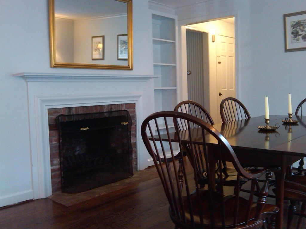 Charming 3 Bedroom Colonial In Avon, CT