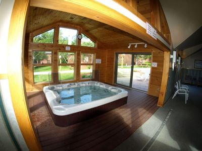 Photo for Trail Creek pool/sauna/jacuzzi King, Queen 2 Full Baths Renovated Two Level Unit