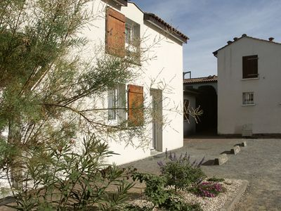 Photo for 50m from the beach: 2 bedroom villa 4/5, 2 * European, internet, wifi