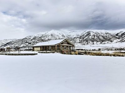 Photo for Mountain View Cottage- 5Min to Crystal Hot Springs