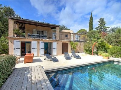 Photo for Cllimized villa with pool, 8 people, available from 24 to 31. 08, to seize