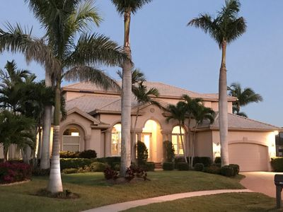 Photo for Newly renovated 5BR/4.5BA Waterfront Dream Home...Perfect for Couples & Familes