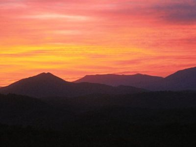 Photo for Book your next Pigeon Forge vacation now! Great location. Awesome views.