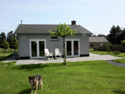 Photo for Detached holiday home with sauna and jacuzzi in the lovely garden.