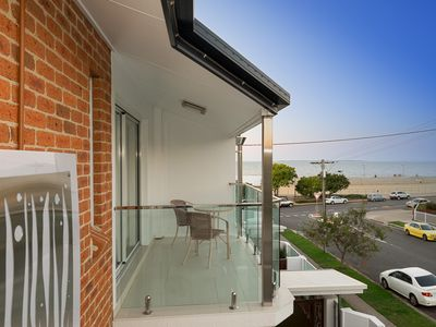 Photo for Beautifully Appointed Two Bedroom Townhouse - B