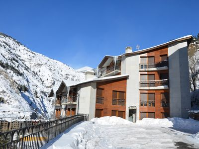 New apartment at 100mts from the ski resort.