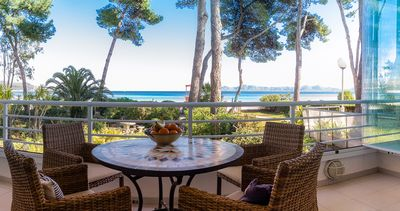 Photo for Direct beach access! Apartment for 4 people on the Bay of Alcudia
