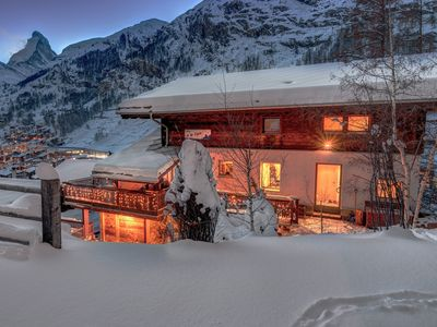 Photo for Top apartment (ski in) in a sunny location with Matterhorn view