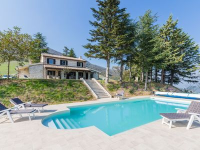 Photo for Villa Pally with swimming pool and garden, in a very panoramic and quiet position near Fossombrone.