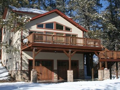 Photo for Spacious 4 Bdrm home with hot tub! Ideal location! Close to Wolf Creek and town!