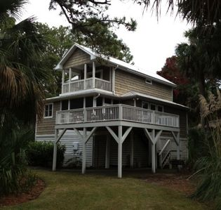 Photo for The House in the Middle of the Action - Fripp Island