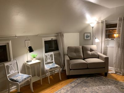 Photo for Charming 1 Bedroom/1 bathroom Upstairs VRBO