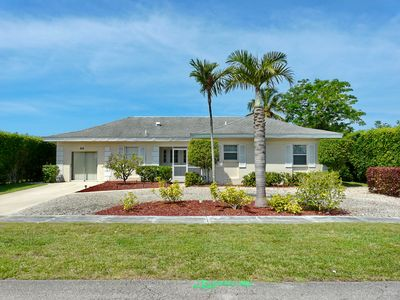 Photo for Charming waterfront house w/ heated pool & direct boating access to Gulf