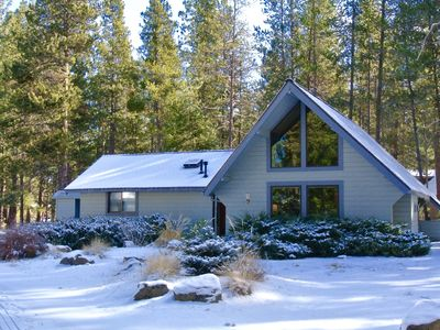 Photo for Steps to Village, 8 SHARC Passes, Cozy Family Cabin
