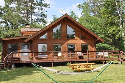 10 Reasons to Rent this Log Home!! #1 Its beautiful and comfortable.