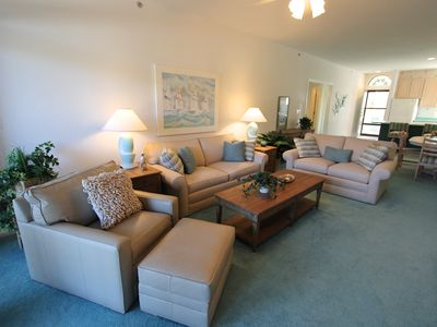Photo for Beautiful 3 BR 2.5 BA condo at Lazy Days