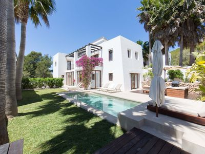Photo for Luxury Villa In St Eulalia, Walk To All Amenities & Beach, No Car Needed