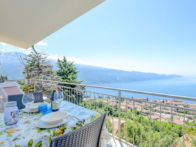 Photo for Da Guido with stunning Lakeview