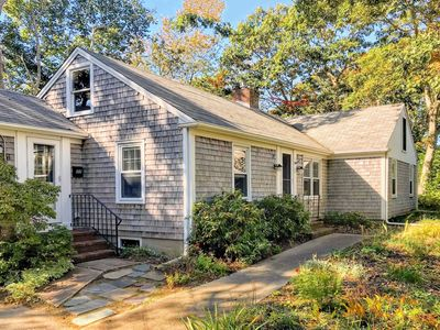 Photo for Charming Rental Home Close To Everything