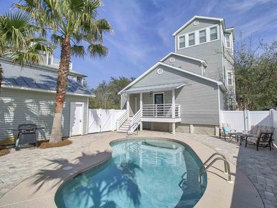 Photo for Beach Home with Private Pool. Easy Access to Beach