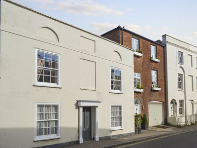 Photo for 3 bedroom accommodation in Lymington, New Forest