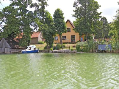 Photo for Apartment right on the lake Feldberg SEE 9661 - SEE 9661