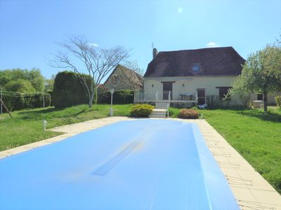 Photo for House with pool in a quiet hamlet, 4 bedrooms