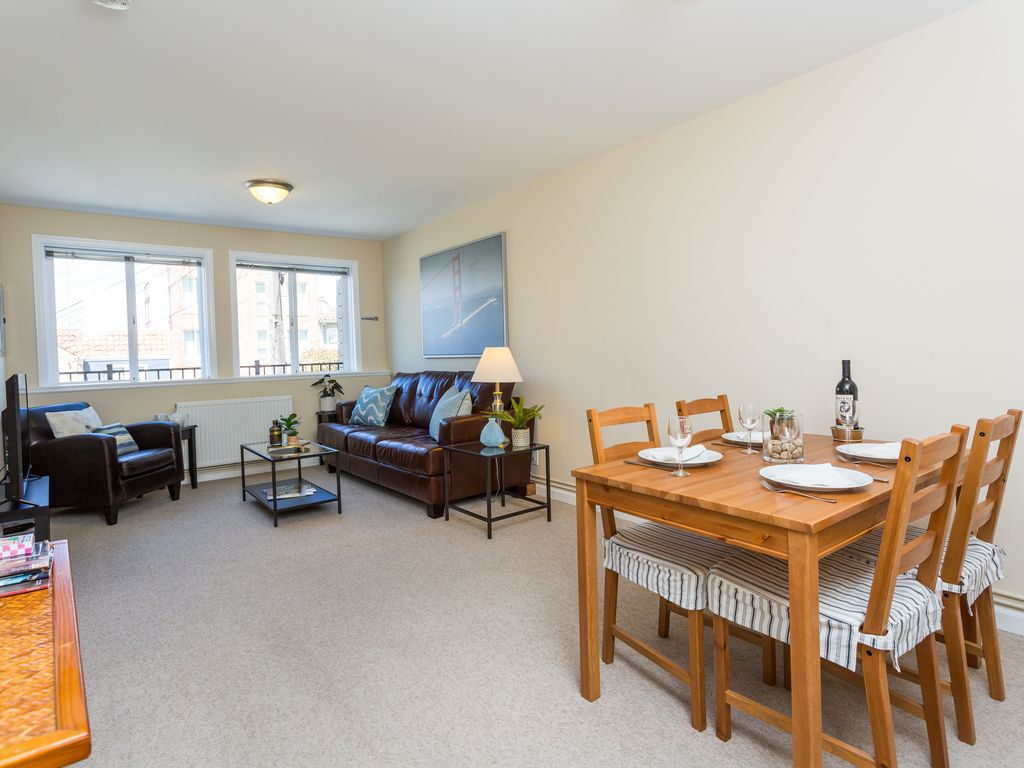 Hotels & Vacation Rentals Near UCSF Medical Centre at Mission Bay