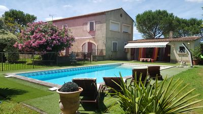 Photo for Family house in a garden with swimming pool 5 minutes from Avignon