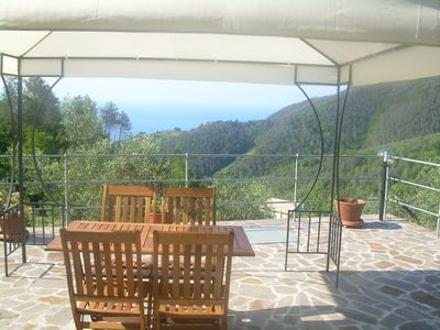 Photo for Apartment in villa between 5 Terre and Portofino with terrace sea view