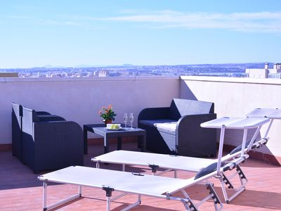 Photo for Apartment with rooftop terrace and ocean view