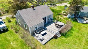 Photo for 2BR Cottage Vacation Rental in Barnstable, Massachusetts