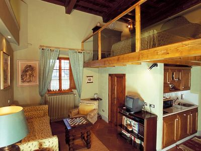 Photo for Comfortable Studio Apartment On The Hills Above Florence