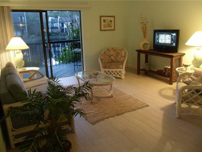 Photo for Romantic Getaway Large 1 Bedroom Ground Floor Villa .. Just Steps from the Beach