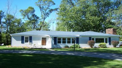 Photo for Super cute cottage with Up North feel and Beach Access just outside Lexington