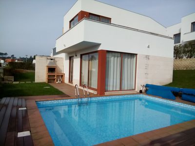 Photo for Fabulous House Bom Sucesso / Lagoa de Óbidos - V3 6 PAX with private heated pool